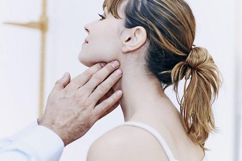 Воспаление лимфоузлов на шее: причины, симптомы, лечение в домашних условиях